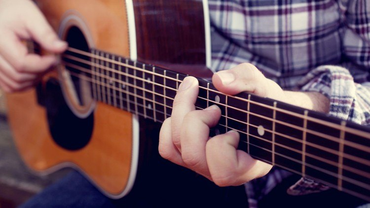 7 Modern Ways of Learning Guitar